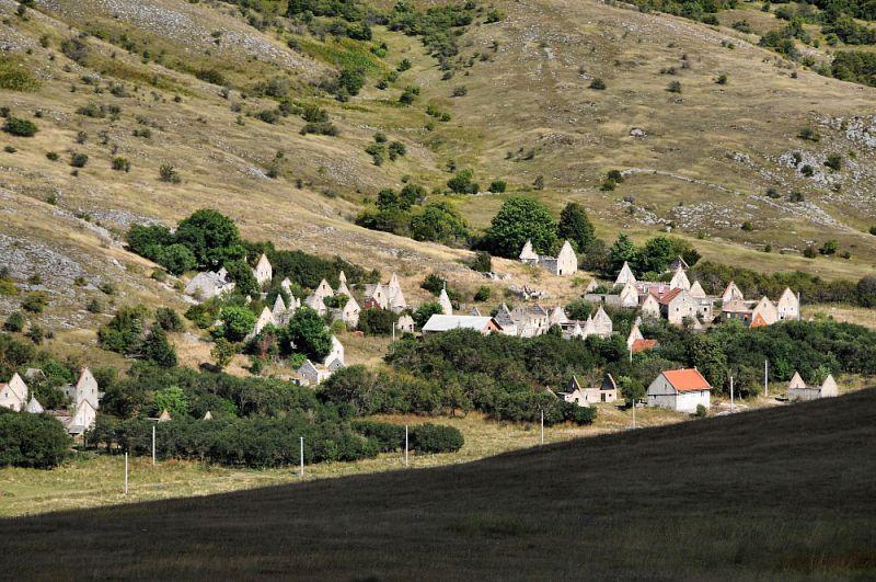 Opuštěná vesnička.