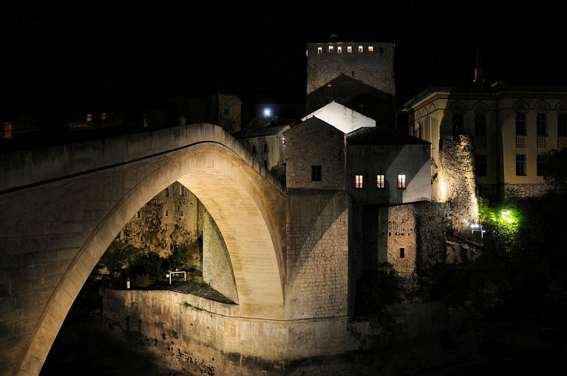 Most v Mostaru.