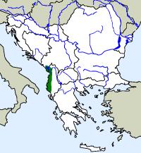 rozšíření skokana albánského na Balkáně (zeleně)