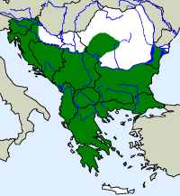 rozšíření zmije růžkaté Vipera ammodytes  na Balkáně (zeleně)